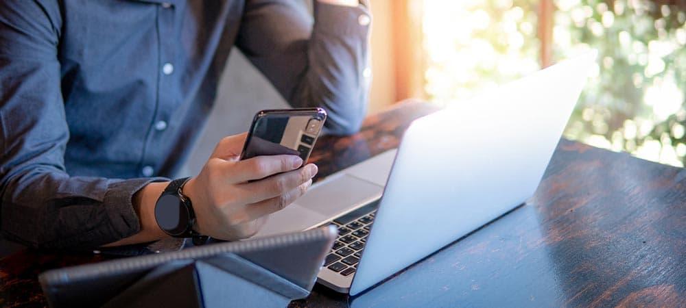 Cómo conectar un teléfono a tu computadora